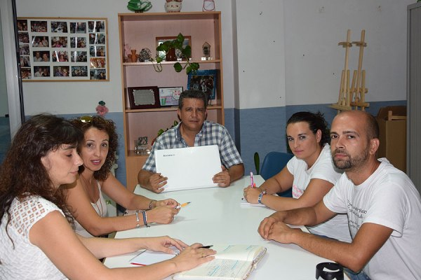http://reddepadressolidarios.com/img/1paco_1502099254_a.jpg